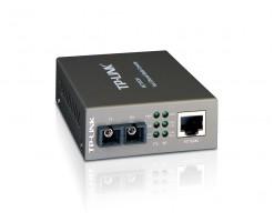TP-Link The MC100CM is a media converter - TL-MC100CM